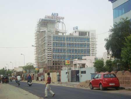 UDB Business Avenue - Building Construction