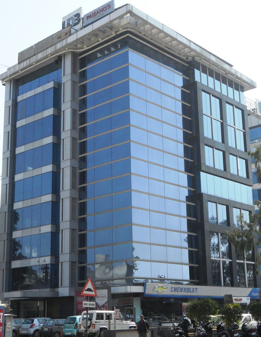 UDB Corporate Tower - Building Construction