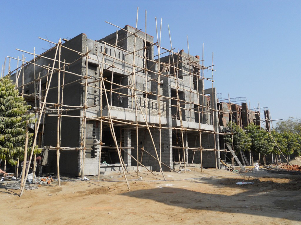 UDB Villa Grande - Building Construction