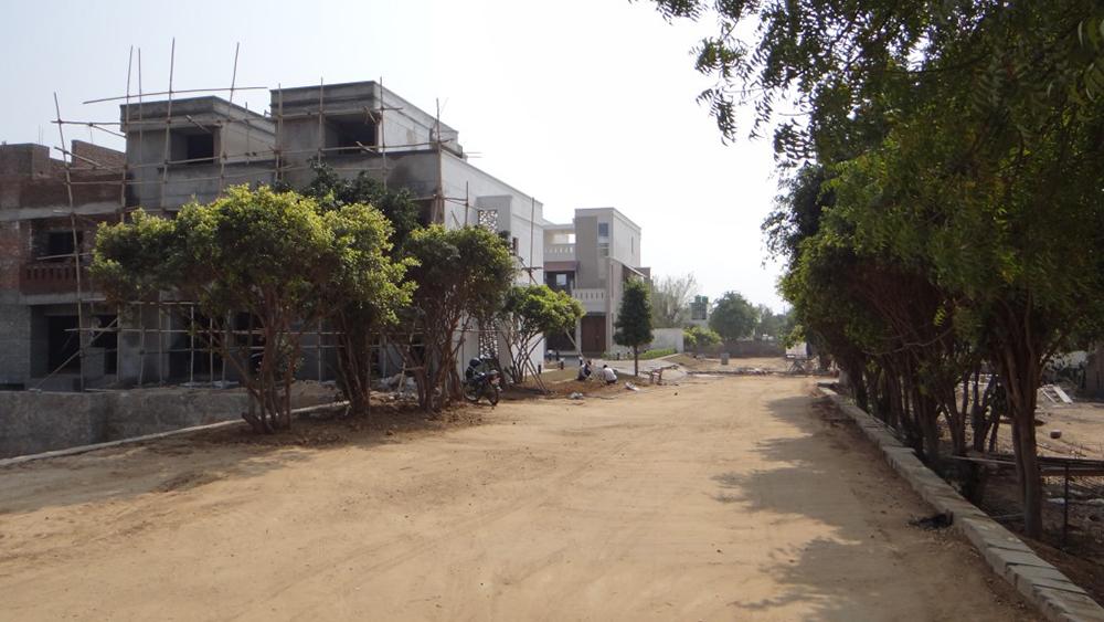 UDB Villa Grande - Building Construction
